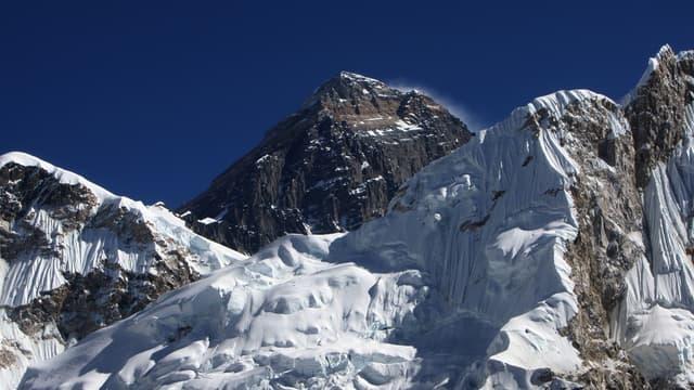 Le sommet de l'Everest, en décembre 2009. (photo d'illustration)