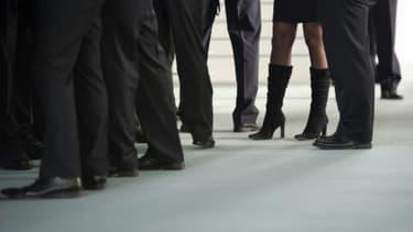 Les femmes gagnent en moyenne 15% de moins que les hommes dans les pays de l'OCDE.