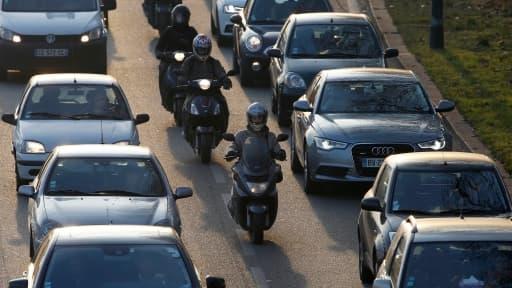 Que l'on soit automobiliste ou motard, le choix d'une assurance peut virer au casse-tête.