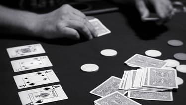 La taxation des gains est notamment dénoncée par les exploitants des sites de Poker en ligne.