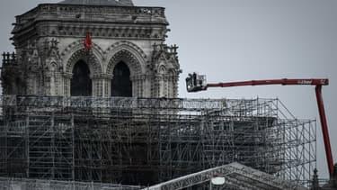 Début des opérations préparant le démontage de l'échafaudage de Notre-Dame, le 8 juin 2020