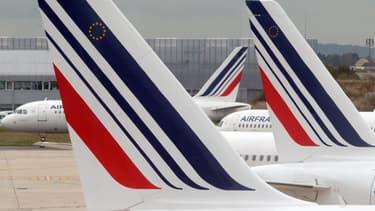 8 compagnies aériennes dans le collimateur des associations de consommateurs