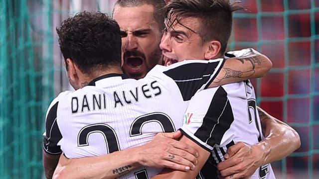 Daniel Alves et Leonardo Bonucci auraient eu quelques remarques bien senties à l'égard de Paulo Dybala à la mi-temps de la finale de Ligue des champions contre le Real.