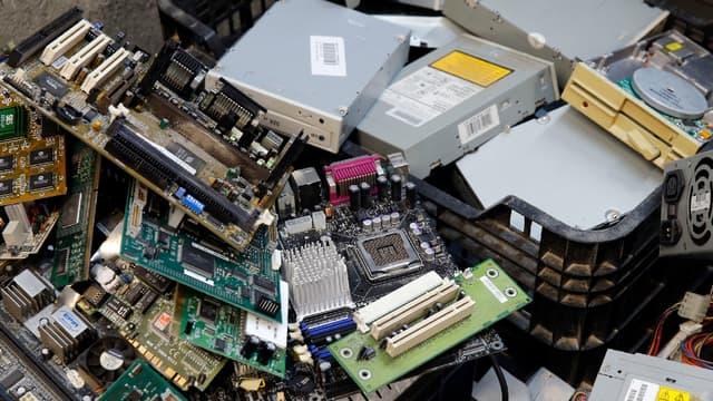 L'Union européenne veut mettre fin à la disparition des deux tiers des déchets électroniques. (photo d'illustration)