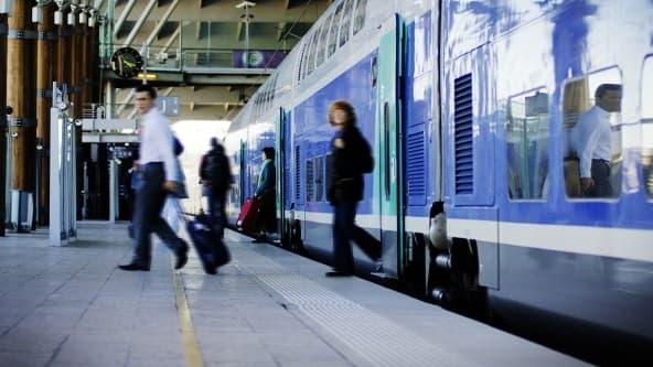 La TVA sur les transports en commun doit augmenter en 2014