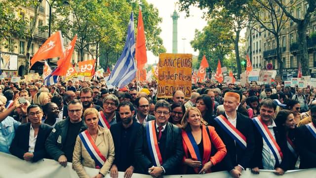 Benoît Hamon a défilé en tête du cortège aux côtés de Jean-Luc Mélenchon