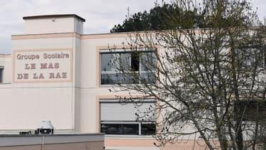 Le directeur de l'école de Villefontaine s'est suicidé en prison.