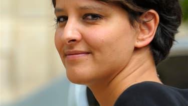 Najat Vallaud-Belkacem, porte-parole du gouvernement et ministre des Droits des femmes, à la sortie du conseil des ministres. Après avoir confectionné un gouvernement paritaire, l'équipe de Jean-Marc Ayrault a annoncé mercredi une série de mesures pour re