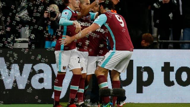 Les joueurs de West Ham célèbrent Sofiane Feghouli lors de la victoire contre Crystal Palace (3-0, le 14 janvier)