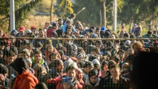 """Migrations: le président tchèque accuse la Turquie de """"chantage"""" - Mardi 15 mars 2016"""