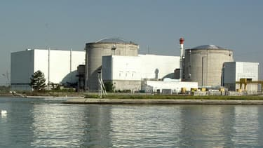 La centrale nucléaire de Fessenheim, mise en service en 1977 (© Florival)