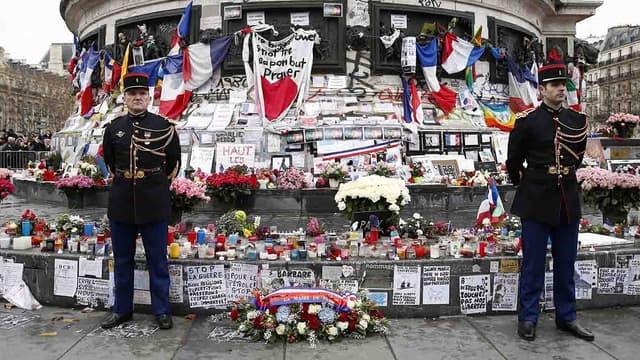 La place de la République, après les attentats du 13 novembre 2015
