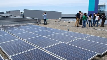 Les organisations environnementale s'opposent à la taxe sur les panneaux solaires chinois.