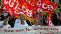 Des dizaines de milliers de personnes sont descendues mardi dans les rues des grandes villes françaises, comme ici à Marseille, à l'appel de la CGT pour protester contre la politique d'austérité et les plans sociaux qui se multiplient sur fond de morosité