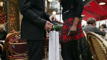 VinoResto a déjà convaincu une centaine de restaurateurs parisiens d'accepter que les clients apportent leur bouteille de vin.