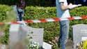 Dix-huit tombes de l'un des carrés musulmans du cimetière Nord de Strasbourg ont été dégradées dans la nuit de lundi à mardi. /Photo prise le 29 juin 2010/REUTERS/Vincent Kessler