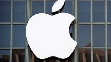 """Apple s'est dit en """"bonne voie"""" pour créer d'ici 2023 quelque 20.000 emplois aux Etats-Unis."""