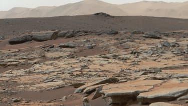 Cliché composé de plusieurs vues prises par le robot Curiosity de la NASA sur Mars, en 2013.