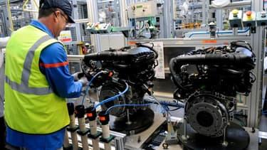 Dans l'usine de Douvrin, dans le Pas-de-Calais, le 29 octobre 2013