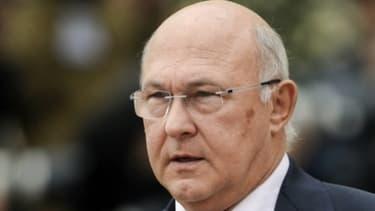 Michel Sapin, le ministre de l'Emploi, prévient que septembre sera mauvais sur le front du chômage