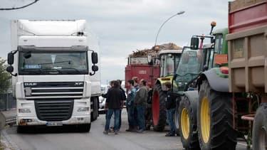 Des agriculteurs bloquaient un pont entre la France et l'Allemagne à Strasbourg