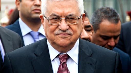 Le président palestinien Mahmoud Abbas a demandé mardi au Premier ministre démissionnaire Rami Hamdallah de former un nouveau cabinet.