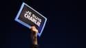 """Une pancarte """"Je suis Charlie"""", brandie lors d'une mobilisation à Marseille mercredi soir."""