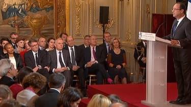 """Au cours de sa conférence de presse, François Hollande a indiqué ses """"missions"""" principales, à savoir """"réduire le chômage"""" et """"redresser la croissance""""."""