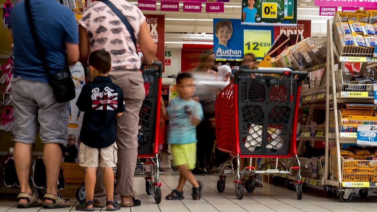 Les Fournitures Scolaires Les Moins Cheres C Est Chez Carrefour Et E Leclerc