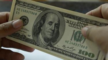 Le billet de 100 dollars pourrait se retrouver en voie d'extinction.