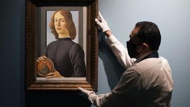 L'oeuvre de Botticelli, aux enchères en janvier prochain, exposée à New York, le 23 septembre.