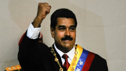 Nicolas Maduro à Caracas, lors de son investiture comme nouveau président du Venezuela, vendredi 19 avril.