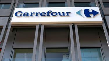 """Carrefour va tenter l'expérience des """"courses vocales"""" avec Google."""