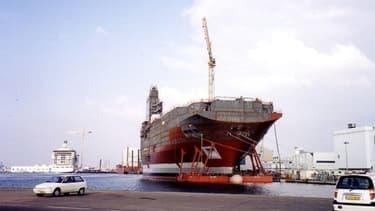 Le géant sud-coréen STX devrait annoncer dans les prochains jours s'il vend ses parts dans les chantiers navals de Saint-Nazaire.