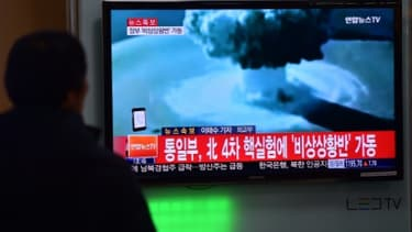 Retransmission  télévisée de l'essai de bombe à hydrogène par Pyongyang le 6 janvier 2016