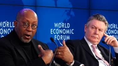 Le représentant américain au commerce Ron Kirk et le commissaire européen au commerce Karel de Gucht le 28 janvier à Davos
