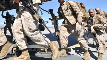 Des soldats américains en trasit vers l'Afghanistan, en mars 2012.
