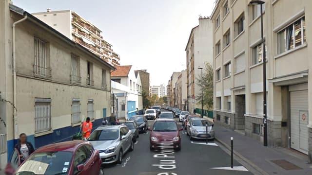 La jeune femme a été tuée à son domicile, dans cette rue de Boulogne-Billancourt.