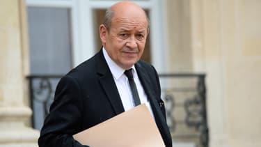 Le ministre de la Défense, Jean-Yves Le Drian, le 10 mai 2016.