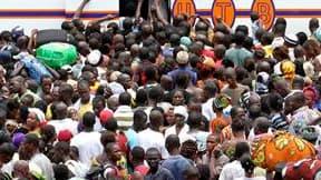 Des milliers d'Ivoiriens fuyant les violences à Abidjan, la capitale économique de la Côte d'Ivoire, ont conflué dimanche vers la gare routière centrale, s'entassant à bord de cars avec leurs bagages pour tenter de gagner les campagnes. /Photo prise le 20