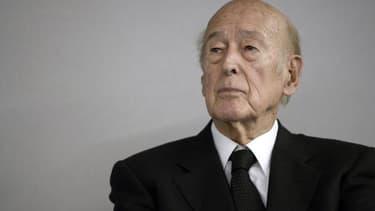 L'ancien président de la République Valéry Giscard d'Estaing critique ses successeurs sauf François Mitterrand