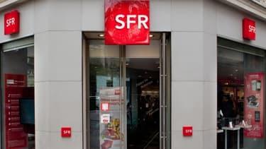 """Le réseau de l'opérateur comprend 850 """"Espaces SFR"""" dont plus de 500 qui lui appartiennent en propre"""