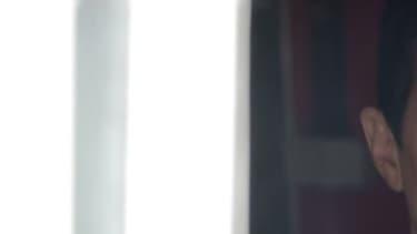 """Lescop dans le clip de sa chanson """"La Nuit Américaine""""."""