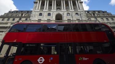 Certains bus de Londres rouleront avec un carburant fait de 80% de diesel, les 20% restants étant composés de bio-carburants et d'un liquide extrait du recyclage de marc de café.