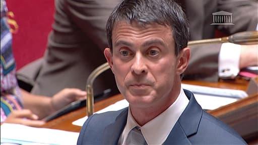 Le Premier ministre, Manuel Valls, a affirmé avoir travaillé en coopération avec François Hollande et Bernard Cazeneuve pour permettre la tenue de la manifestation.
