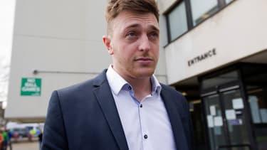 L'un des condamnés William Simpson quitte le tribunal, le 25 mars 2015.