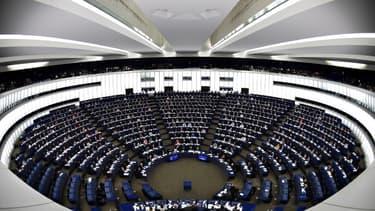Les députés du Parlement européen en session plénière à Strasbourg le 13 février 2019.