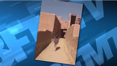 La jeune femme s'est affichée en mini-jupe dans les ruelles d'une cité historique saoudienne.