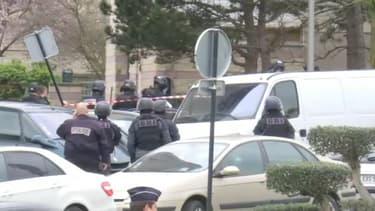 Des perquisitions sont en cours au domicile de l'homme abattu à Orly.