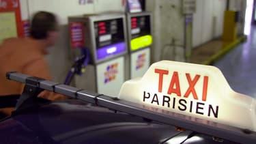 Les VTC font sept propositions parmi lesquelles une détaxation partielle sur les carburants et des accès réservés dans les gares et les aéroports.